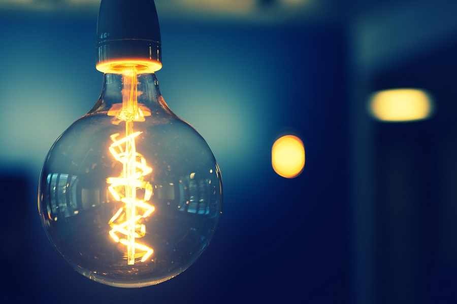 Lit lightbulb signifying dawning of other ideas (Credit: Pexels)